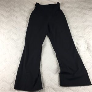 A Pea in the pod black maternity slacks